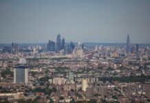 London skyline from the air - KFH | BTR News
