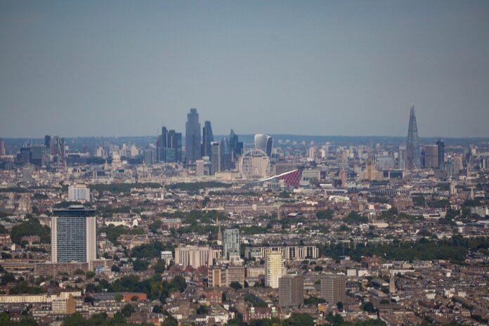 London skyline from the air - KFH   BTR News